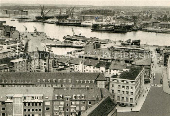 AK / Ansichtskarte Kiel Blick auf Hafen und Werftanlagen Kat. Kiel