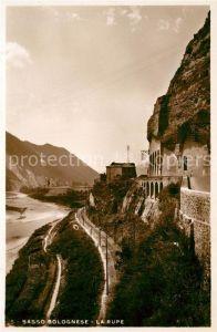 AK / Ansichtskarte Sasso Marconi La Rupe Sasso Bolognese Eisenbahn Felsen Tunnel