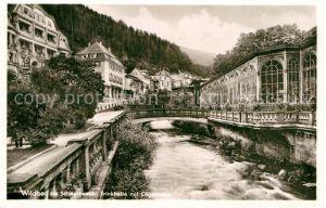 AK / Ansichtskarte Wildbad Schwarzwald Trinkhalle mit Olgastrasse Partie am Fluss Kat. Bad Wildbad