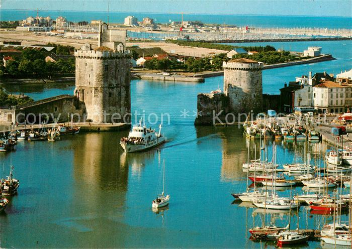AK / Ansichtskarte La Rochelle Charente Maritime Port Tour Saint Nicolas Tour de la Chaine Kat. La Rochelle