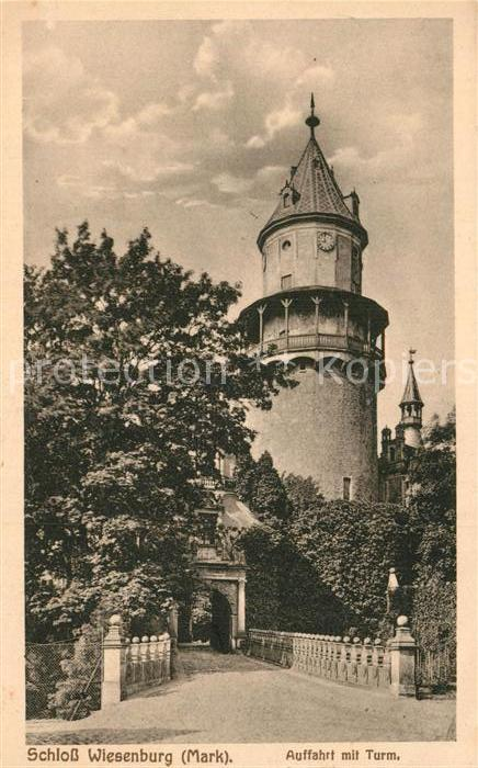 AK / Ansichtskarte Wiesenburg Mark Schloss Auffahrt mit Turm Kat. Wiesenburg Mark