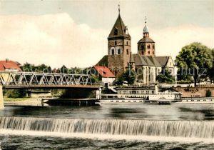 AK / Ansichtskarte Hameln Weser Weserbruecke und Muenster