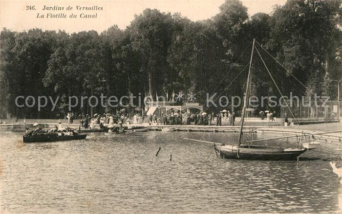 AK / Ansichtskarte Versailles Yvelines Jardins de Versailles La Flotille du Canal Kat. Versailles