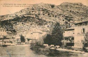 AK / Ansichtskarte Fontaine de Vaucluse La Sorgue et le Chemin de la Fontaine Kat. Fontaine de Vaucluse