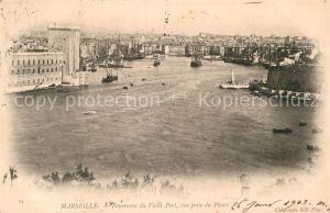 AK / Ansichtskarte Marseille Bouches du Rhone Panorama du Vieux Port vue prise du Phare