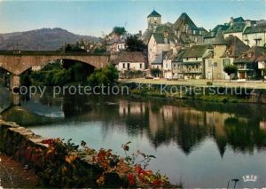 AK / Ansichtskarte Argentat Vieilles maisons au bord de la riviere Kat. Argentat