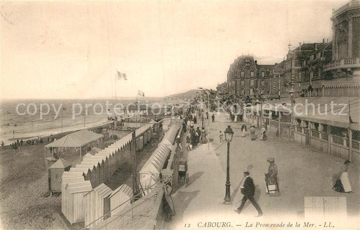AK / Ansichtskarte Cabourg Promenade de la Mer Plage Hotels Kat. Cabourg