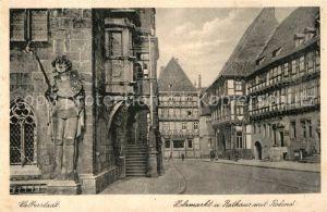 AK / Ansichtskarte Halberstadt Holzmarkt Rathaus mit Roland Kat. Halberstadt
