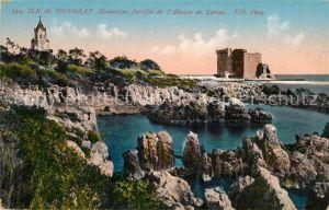 AK / Ansichtskarte Ile Saint Honorat Alpes Maritimes Monastere fortifie Abbaye de Lerins