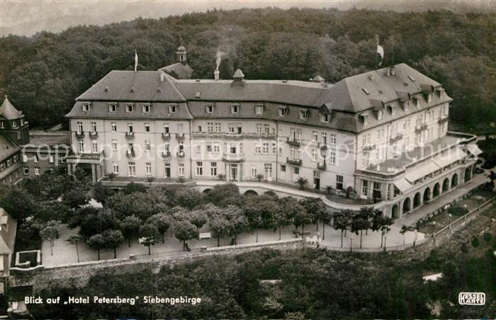 AK / Ansichtskarte Siebengebirge Fliegeraufnahme Hotel Petersberg Kat. Koenigswinter