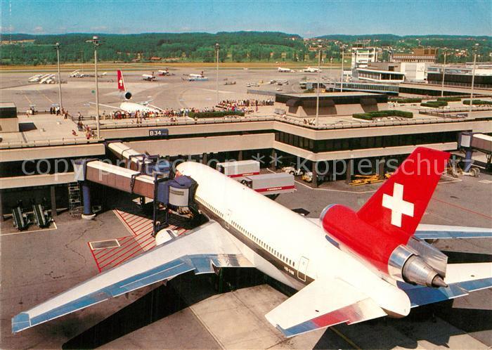 AK / Ansichtskarte Swissair Zuerich Flughafen  Kat. Flug