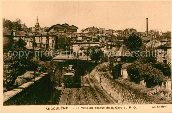 AK / Ansichtskarte Angouleme La Ville au dessus de la Gare du P. O. Chemin de fer Kat. Angouleme