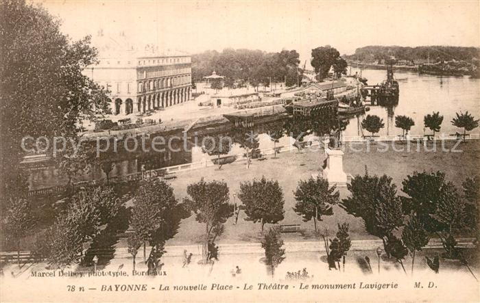 AK / Ansichtskarte Bayonne Pyrenees Atlantiques La nouvelle Place Theatre Monument Lavigerie Kat. Bayonne