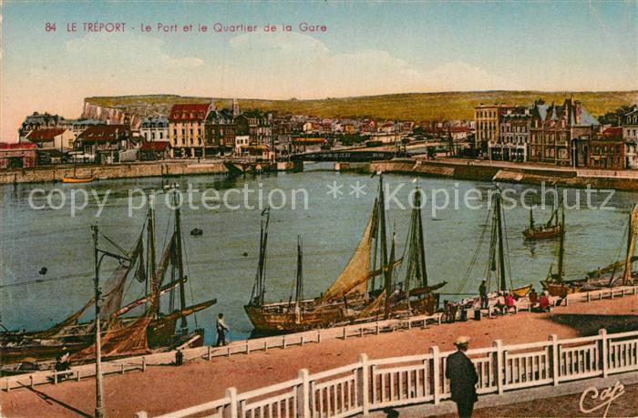 AK / Ansichtskarte Le Treport Port et Quartier de la Gare Kat. Le Treport
