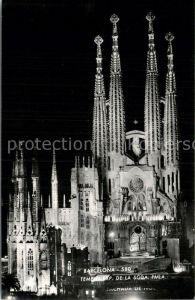 AK / Ansichtskarte Barcelona Cataluna Tempo de la Sacra da Famiglia Kat. Barcelona