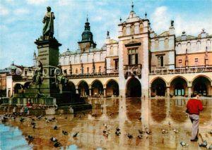 AK / Ansichtskarte Krakow Krakau Pomnik Adama Mickiewieza proj Teodora Rygiera i Sukiennice