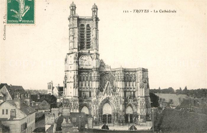 AK / Ansichtskarte Troyes Aube Cathedrale Kat. Troyes