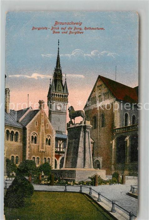 AK / Ansichtskarte Braunschweig Burgplatz Burg Rathausturm Dom Burgloewe Kat. Braunschweig