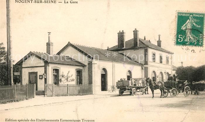 AK / Ansichtskarte Nogent sur Seine La Gare Bahnhof Pferdekutsche Kat. Nogent sur Seine