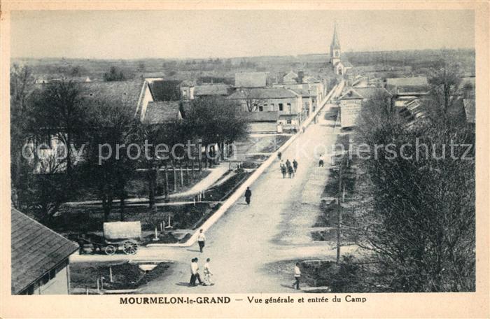 AK / Ansichtskarte Mourmelon le Grand Vue generale e Entree du Camp Kat. Mourmelon le Grand