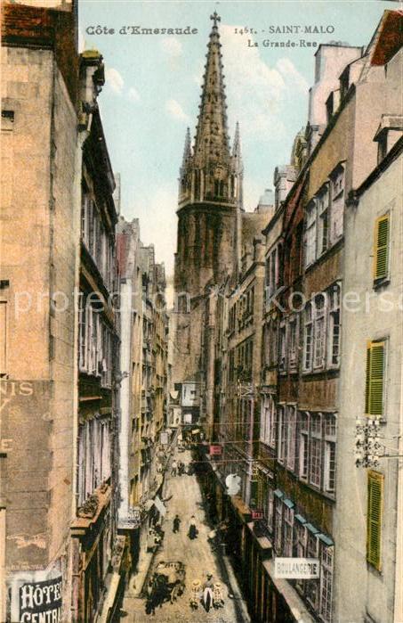 AK / Ansichtskarte Saint Malo Ille et Vilaine Bretagne La Grande Rue Cathedrale Kat. Saint Malo