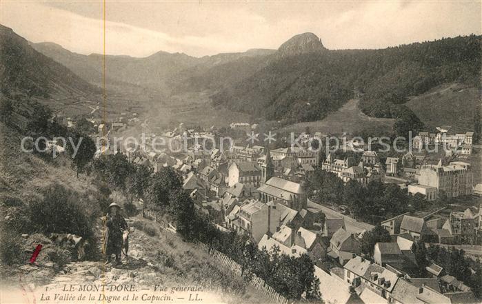 AK / Ansichtskarte Le Mont Dore Vue generale La Vallee de la Dogne et le Capucin Kat. Mont Dore