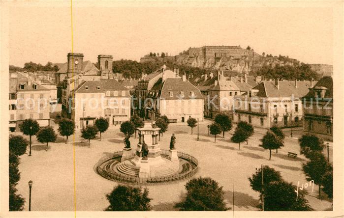 AK / Ansichtskarte Belfort Alsace Place de la Republique Monument Kat. Belfort