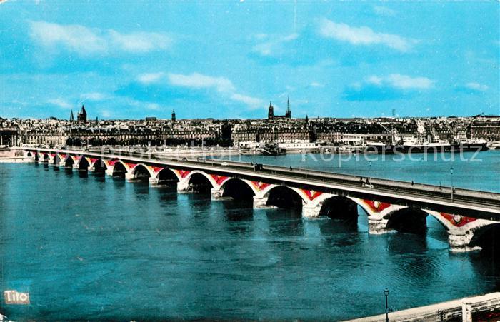 AK / Ansichtskarte Bordeaux Le pont Facade du Quai Richelieu Kat. Bordeaux