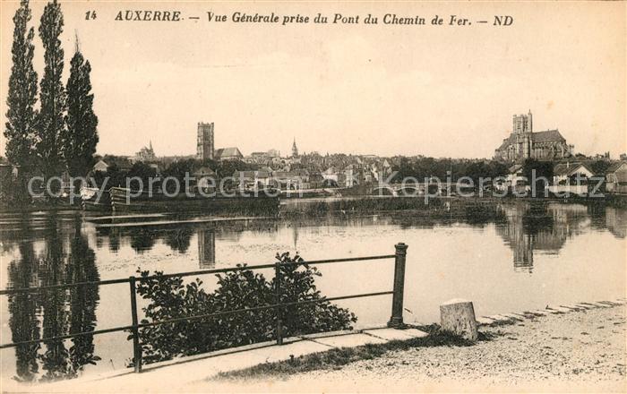 AK / Ansichtskarte Auxerre Vue generale prise du Pont du Chemin de Fer Kat. Auxerre