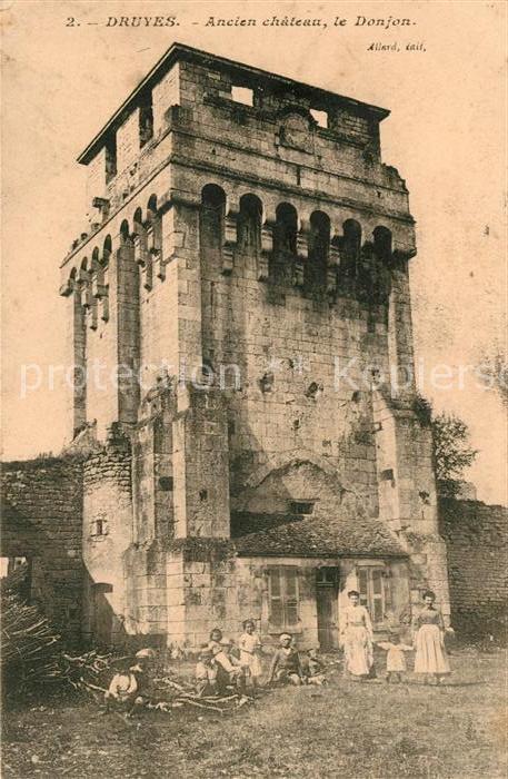 AK / Ansichtskarte Druyes les Belles Fontaines Ancien chateau le Donjon Kat. Druyes les Belles Fontaines
