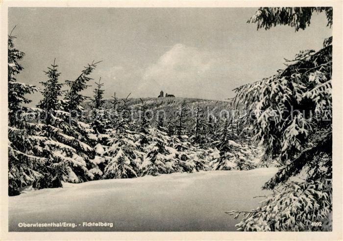 AK / Ansichtskarte Oberwiesenthal Erzgebirge Winterpanorama mit Fichtelberg Kat. Oberwiesenthal