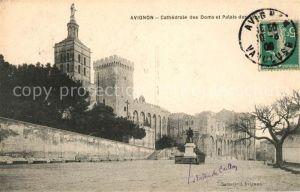 AK / Ansichtskarte Avignon Vaucluse Cathedrale des Doms et Palais des Papes Kat. Avignon