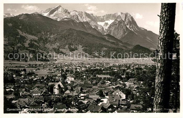 AK / Ansichtskarte Garmisch Partenkirchen gegen Zugspitze Kat. Garmisch Partenkirchen
