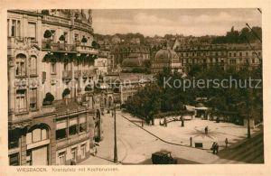 AK / Ansichtskarte Wiesbaden Kranzplatz mit Kochbrunnen Kat. Wiesbaden