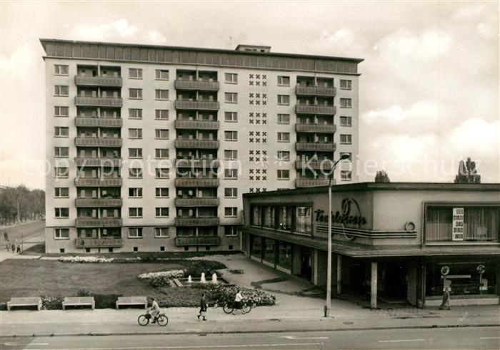 AK / Ansichtskarte Halle Saale Paul Suhr Strasse mit Hochhaus Kat. Halle
