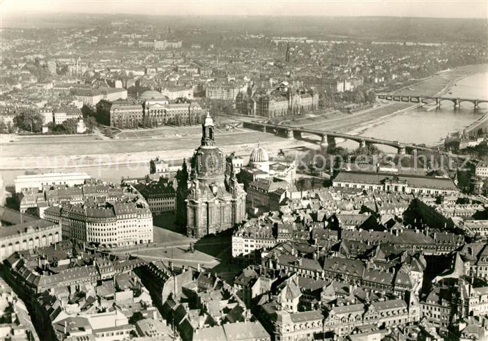 AK / Ansichtskarte Dresden Fliegeraufnahme Neumarkt Frauenkirche  Kat. Dresden Elbe