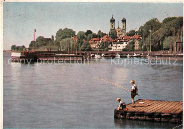 AK / Ansichtskarte Friedrichshafen Bodensee Schloss mit Jachthafen Steg Jungen beim Angeln Kat. Friedrichshafen