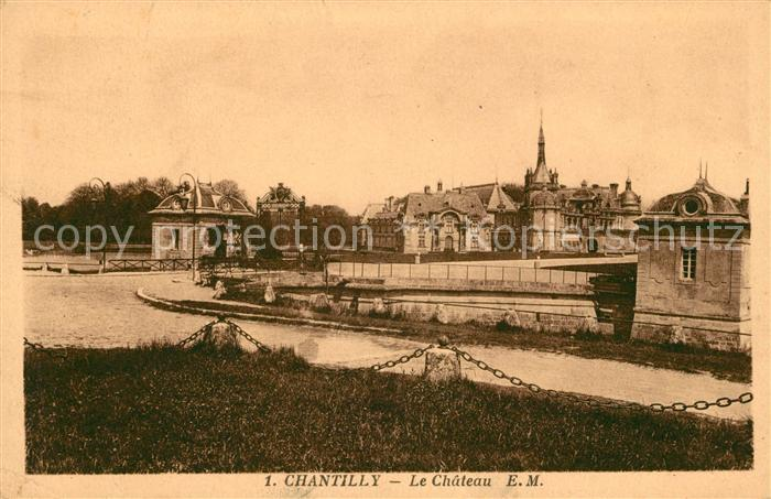 AK / Ansichtskarte Chantilly Chateau Kat. Chantilly
