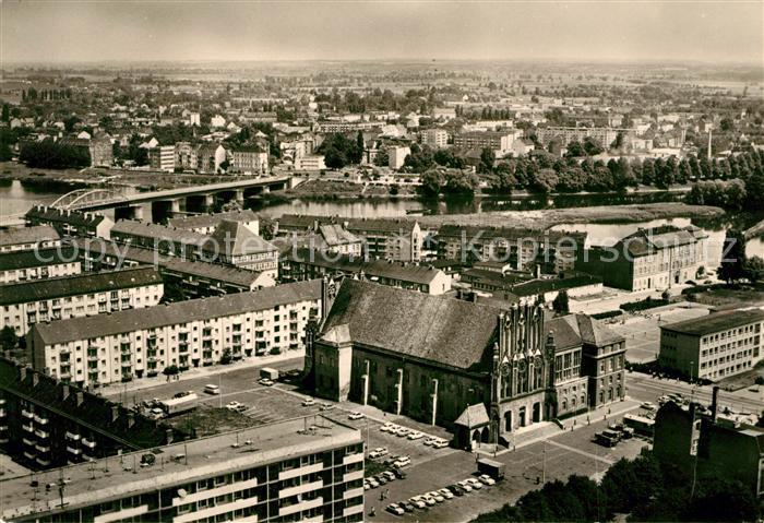 AK / Ansichtskarte Frankfurt Oder Blick vom Hochhaus am Platz der Republik auf das Rathaus und die Oder Kat. Frankfurt Oder