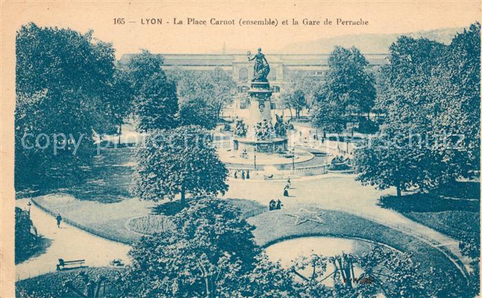 AK / Ansichtskarte Lyon France La Place Carnot et la Gare de Perrache Kat. Lyon