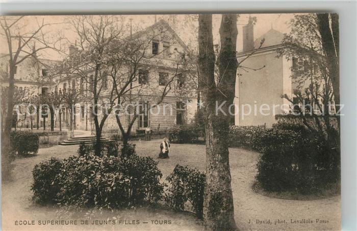 AK / Ansichtskarte Tours Indre et Loire Ecole Superieure de Jeunes Filles  Kat. Tours