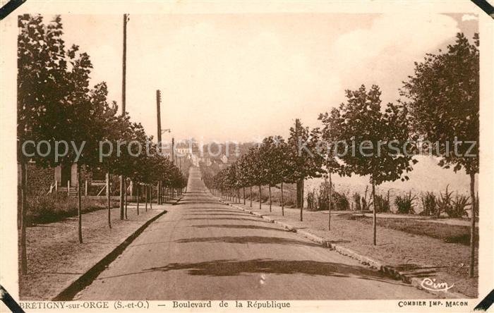 AK / Ansichtskarte Bretigny sur Orge Boulevard de la Republique Kat. Bretigny sur Orge