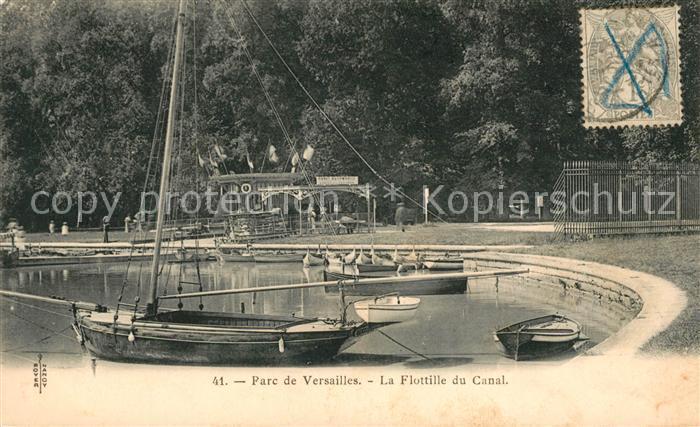 AK / Ansichtskarte Versailles Yvelines La Flottille du Canal Parc de Versailles Kat. Versailles