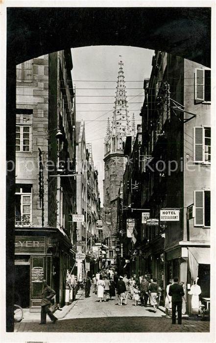 AK / Ansichtskarte Saint Malo Ille et Vilaine Bretagne Grande Rue et la Cathedrale Kat. Saint Malo