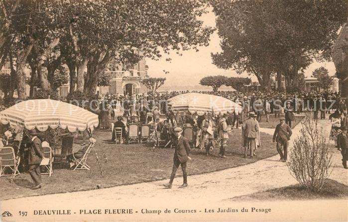 AK / Ansichtskarte Deauville Plage Fleurie Champ de Courses les jardins du Pesage Kat. Deauville