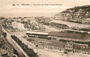 AK / Ansichtskarte Fecamp Le Port vue prise de l Eglise Saint Etienne Kat. Fecamp