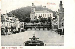 AK / Ansichtskarte Bad Leutenberg Marktplatz Kirche Brunnen Kat. Leutenberg