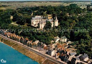 AK / Ansichtskarte Chaumont sur Loire Vue aerienne Le Chateau Kat. Chaumont sur Loire