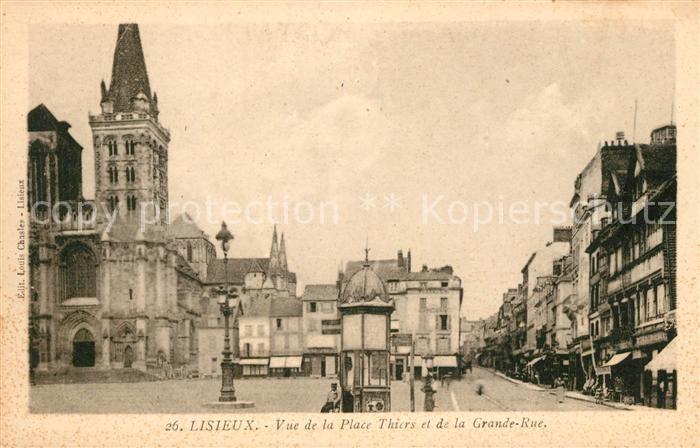 AK / Ansichtskarte Lisieux Vue de la Place Thiers Grande Rue Kat. Lisieux