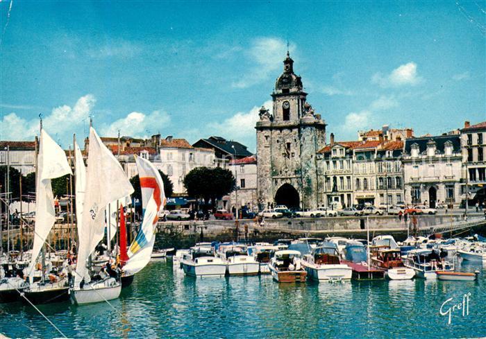 AK / Ansichtskarte La Rochelle Charente Maritime La Grosse Horloge Kat. La Rochelle